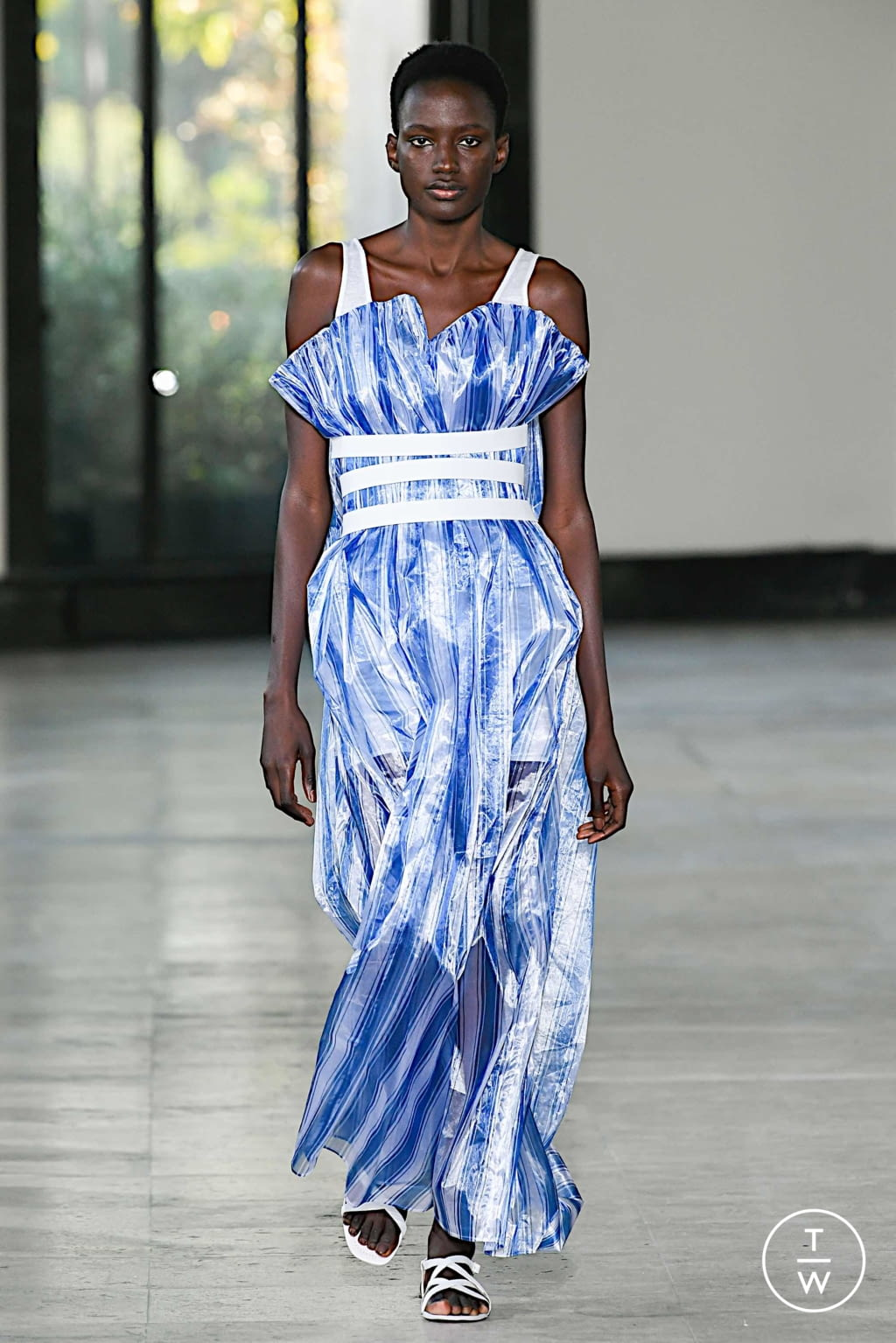 Fashion Week Paris Spring/Summer 2020 look 27 from the Dawei collection womenswear