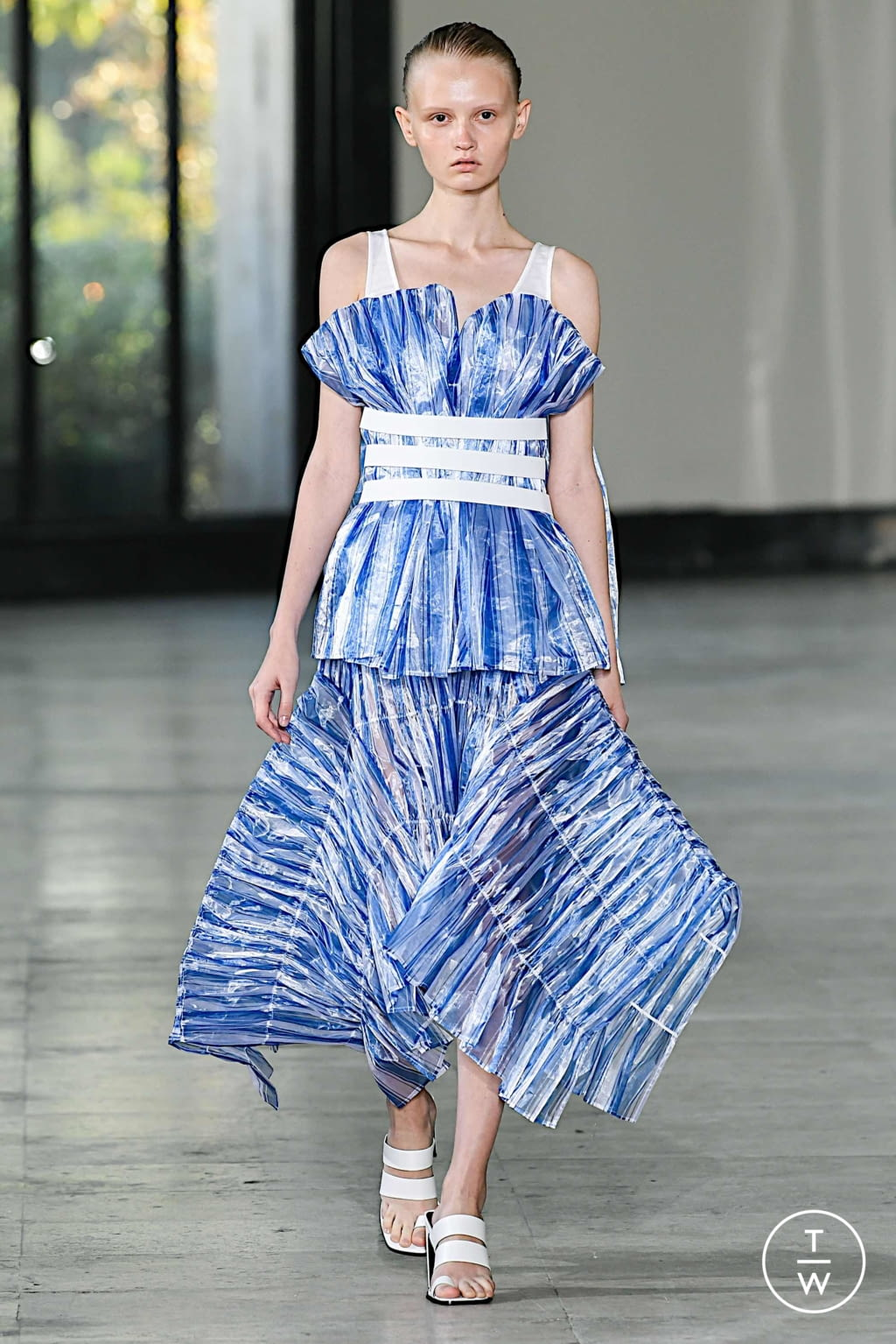 Fashion Week Paris Spring/Summer 2020 look 28 from the Dawei collection womenswear