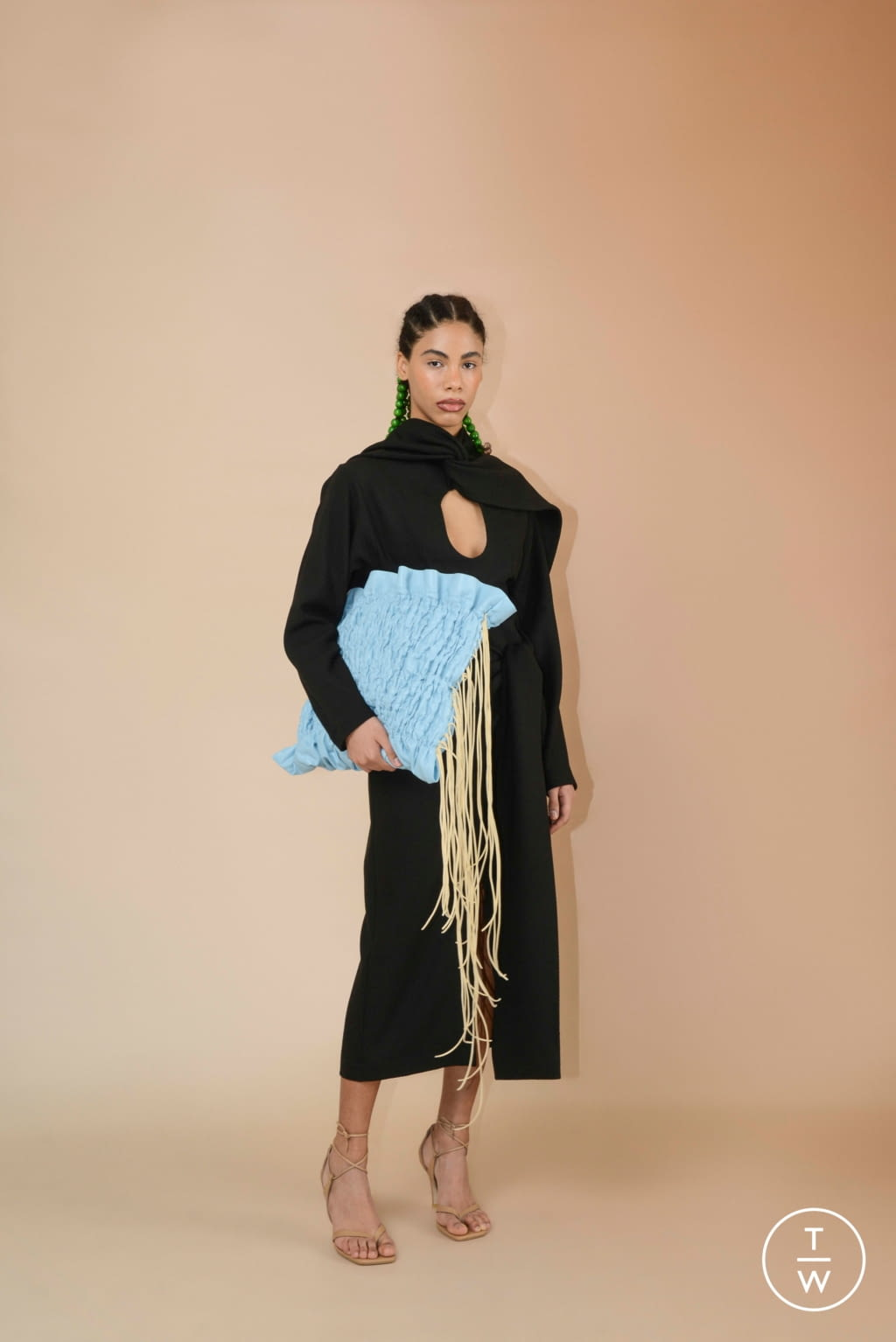 Fashion Week Paris Fall/Winter 2020 look 10 from the Materiel collection womenswear