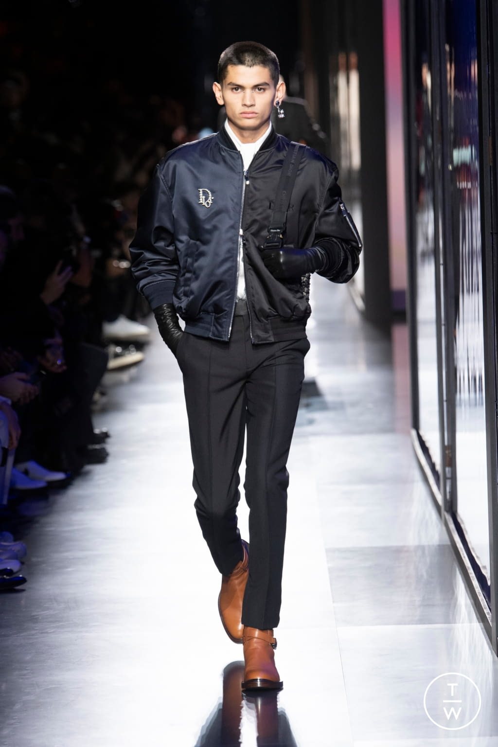 Fashion Week Paris Fall/Winter 2020 look 40 from the Dior Homme collection menswear