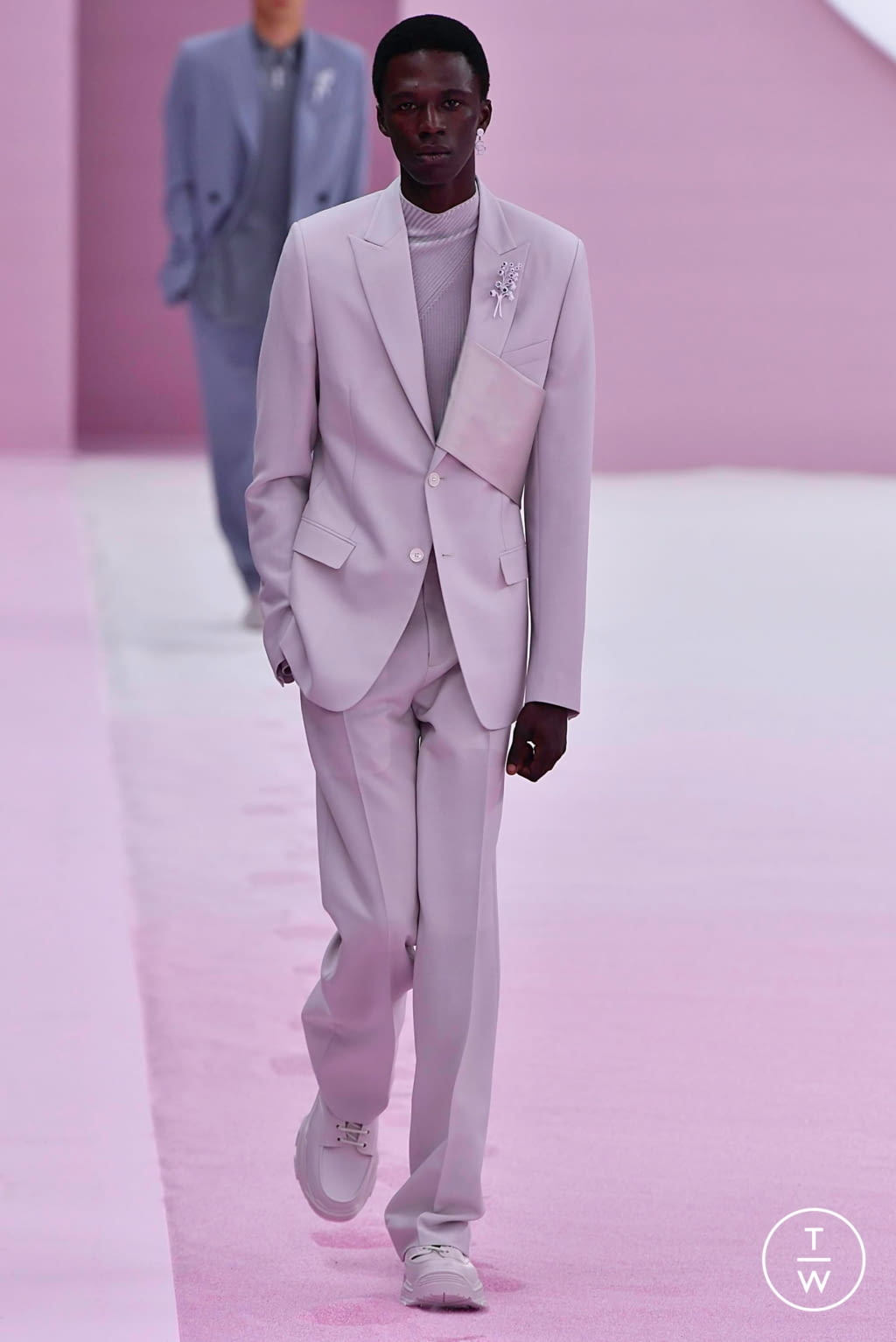 Fashion Week Paris Spring/Summer 2020 look 3 from the Dior Homme collection 男装