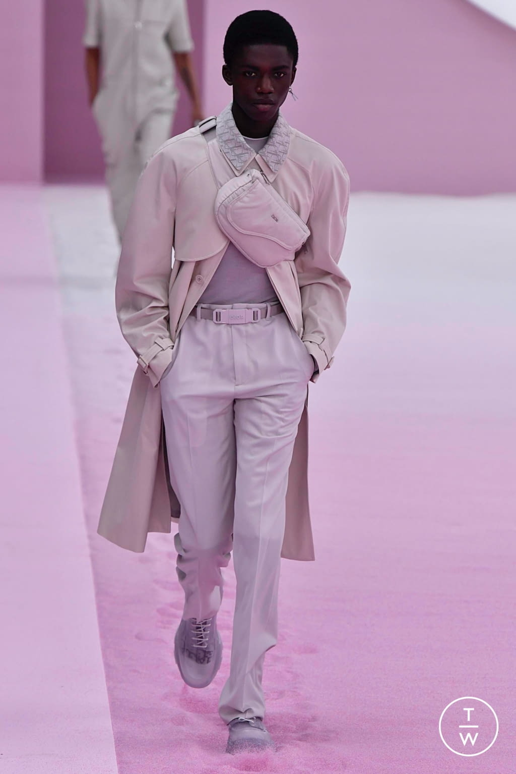 Fashion Week Paris Spring/Summer 2020 look 33 from the Dior Homme collection menswear