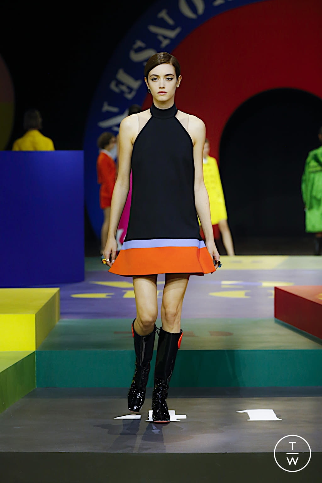 Fashion Week Paris Spring/Summer 2022 look 15 from the Christian Dior collection womenswear