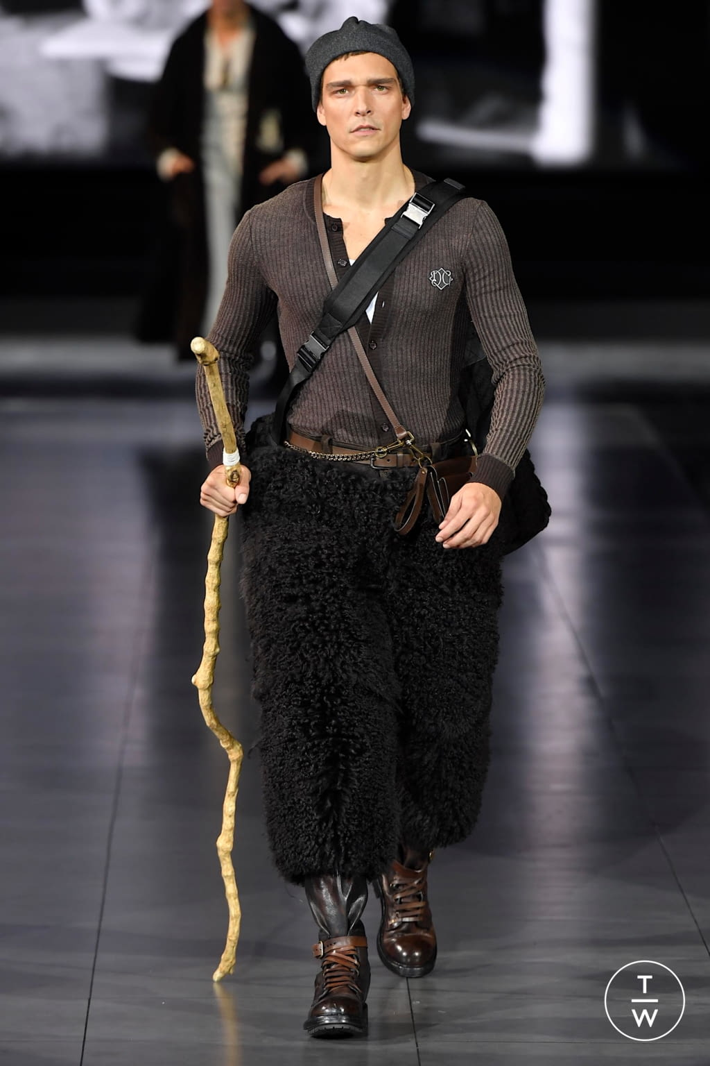Fashion Week Milan Fall/Winter 2020 look 74 from the Dolce & Gabbana collection menswear