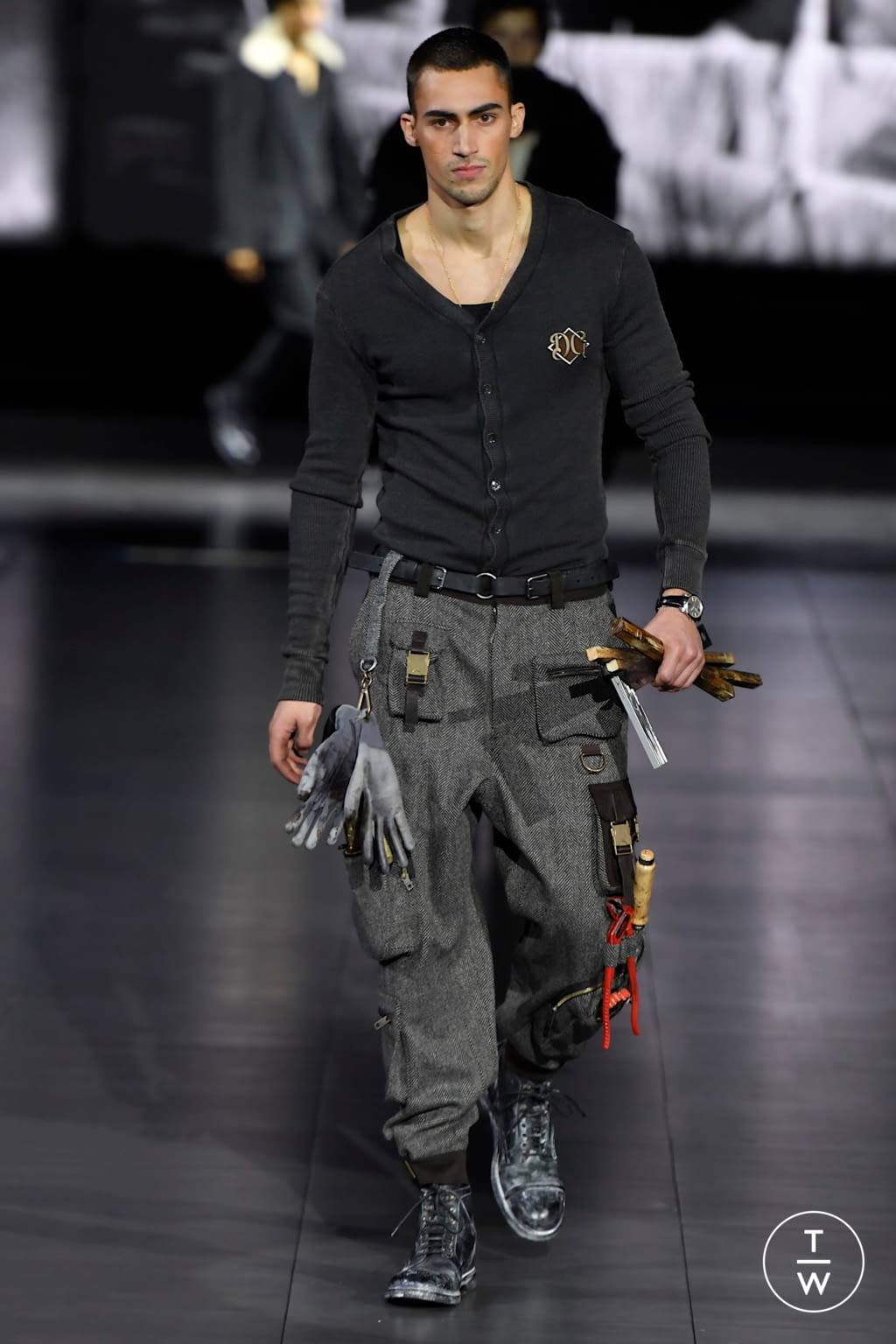 Fashion Week Milan Fall/Winter 2020 look 79 from the Dolce & Gabbana collection menswear