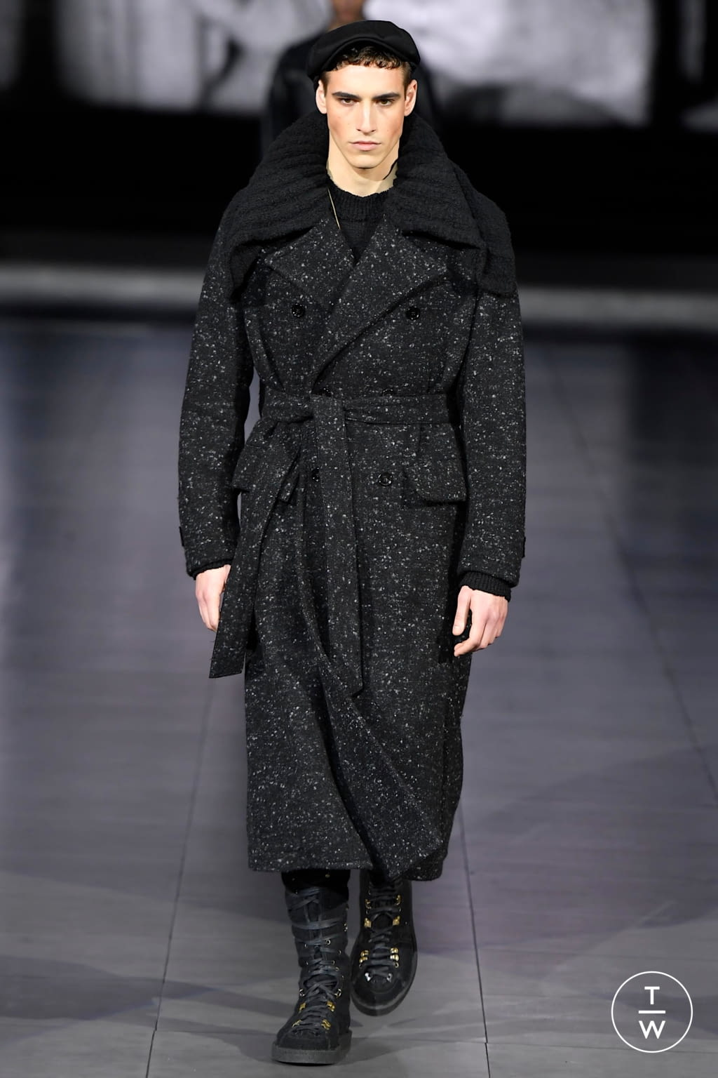 Fashion Week Milan Fall/Winter 2020 look 87 from the Dolce & Gabbana collection menswear