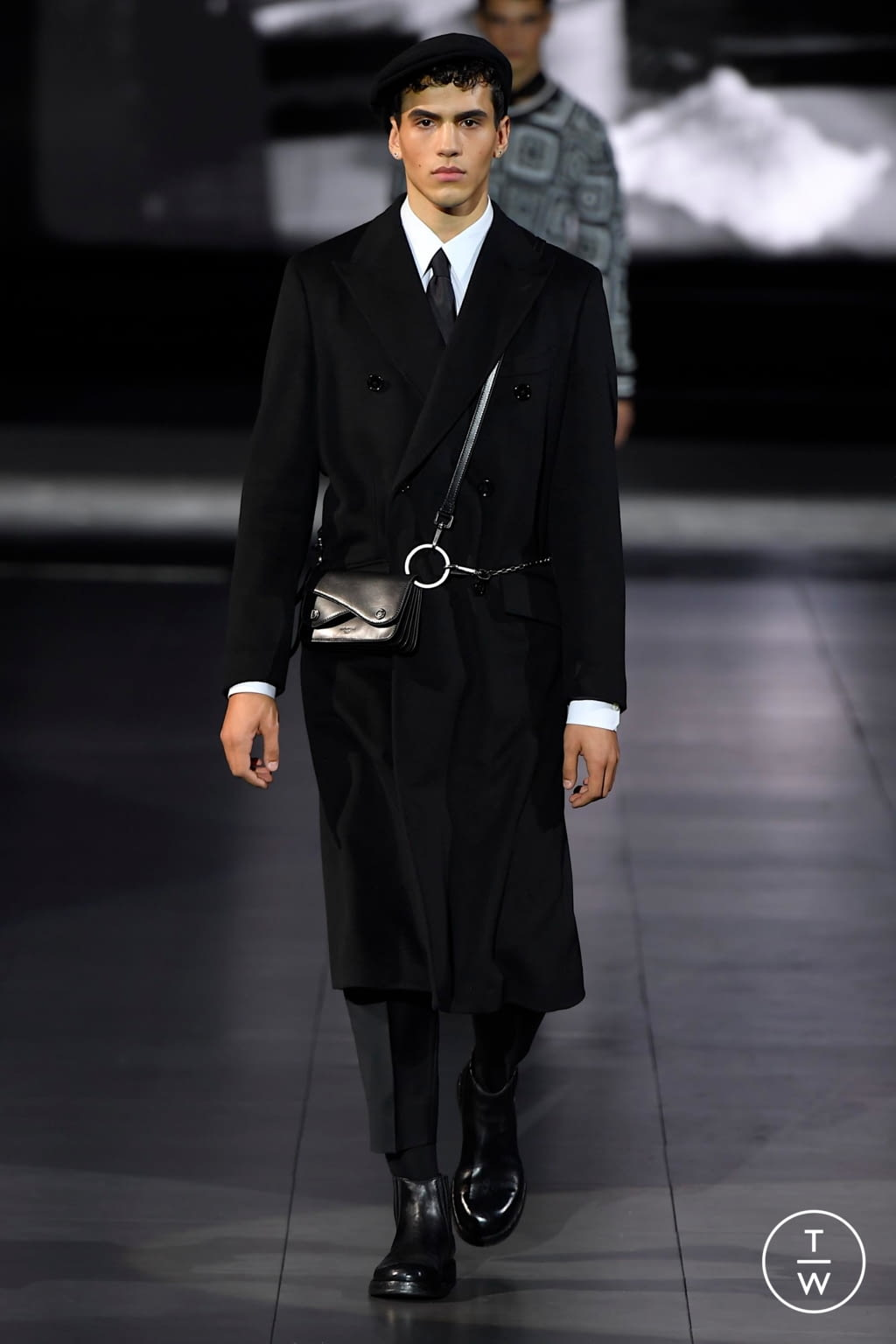 Fashion Week Milan Fall/Winter 2020 look 93 from the Dolce & Gabbana collection menswear