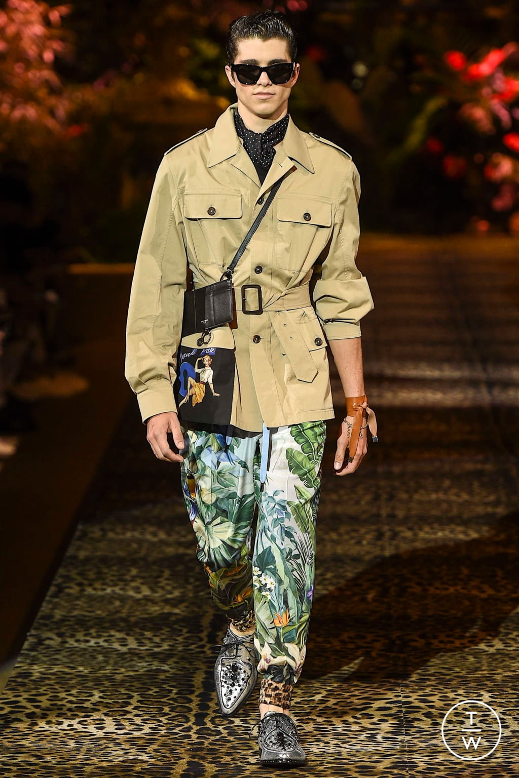 Fashion Week Milan Spring/Summer 2020 look 18 from the Dolce & Gabbana collection menswear