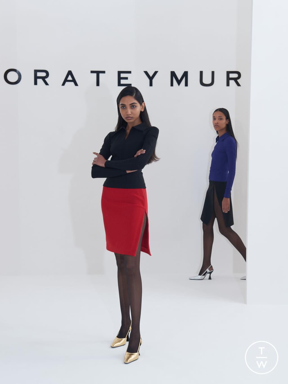 Fashion Week London Fall/Winter 2019 look 1 de la collection Dorateymur womenswear accessories