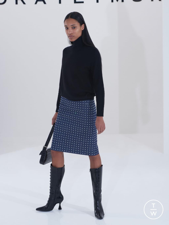 Fashion Week London Fall/Winter 2019 look 23 de la collection Dorateymur womenswear accessories