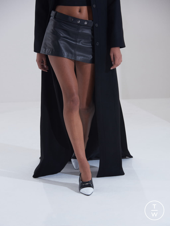 Fashion Week London Fall/Winter 2019 look 31 de la collection Dorateymur womenswear accessories