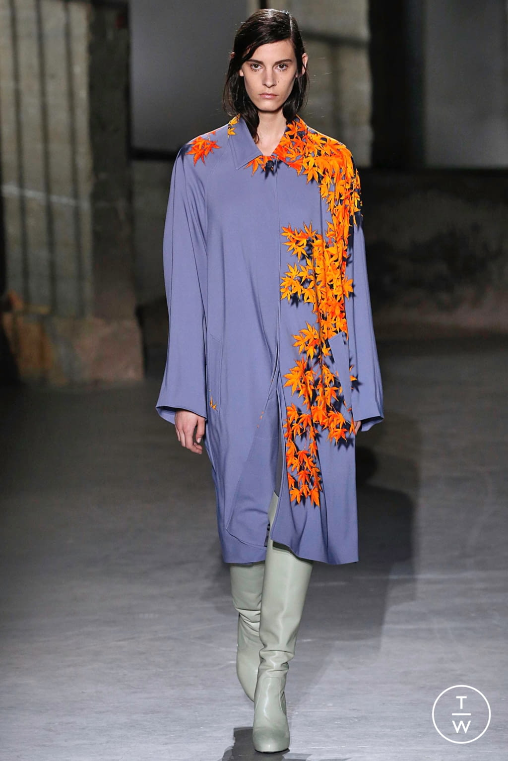 Fashion Week Paris Fall/Winter 2019 look 20 from the Dries Van Noten collection womenswear