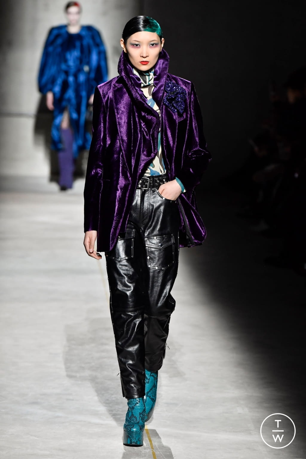 Fashion Week Paris Fall/Winter 2020 look 57 from the Dries Van Noten collection womenswear