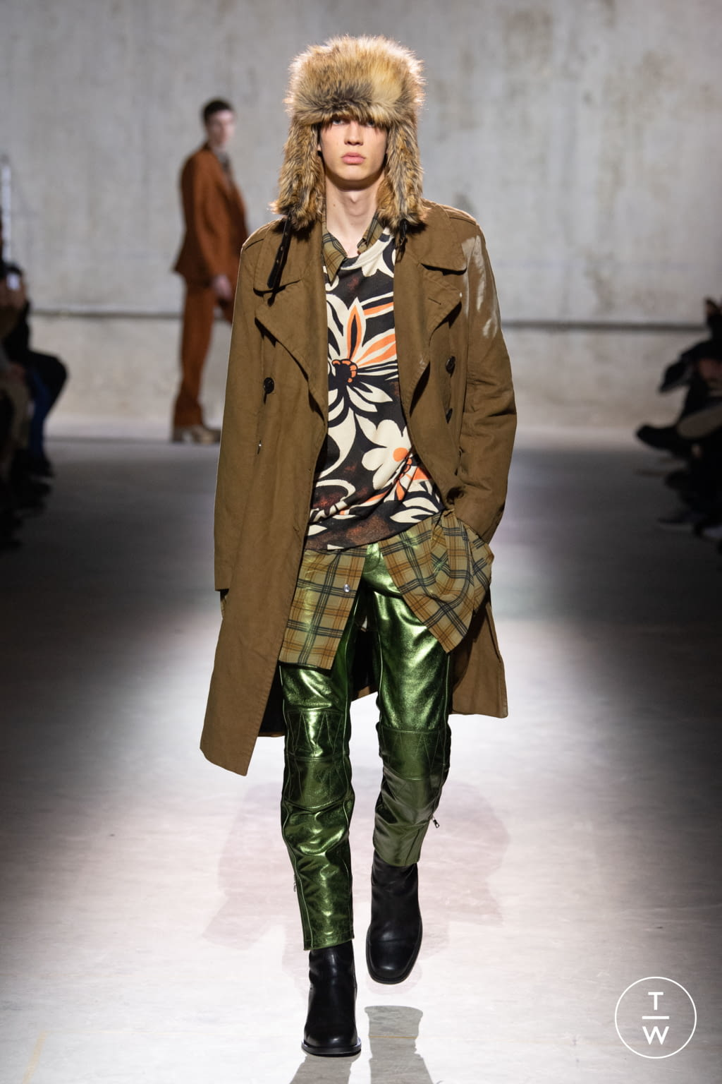 Fashion Week Paris Fall/Winter 2020 look 26 from the Dries Van Noten collection menswear