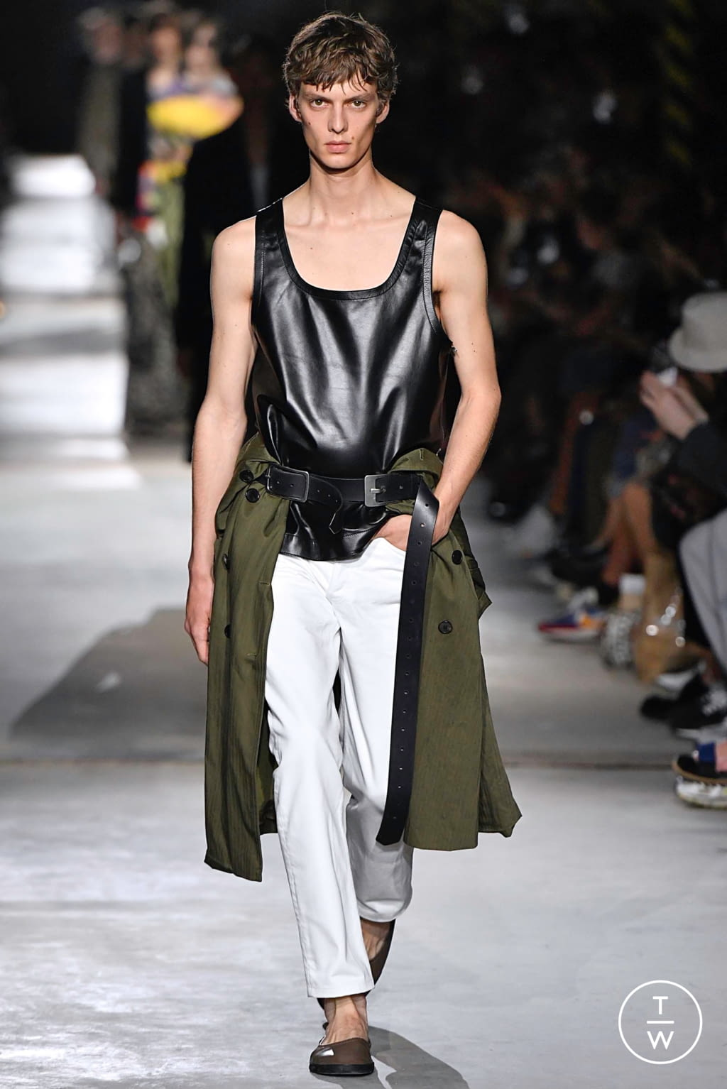Fashion Week Paris Spring/Summer 2020 look 5 from the Dries Van Noten collection menswear