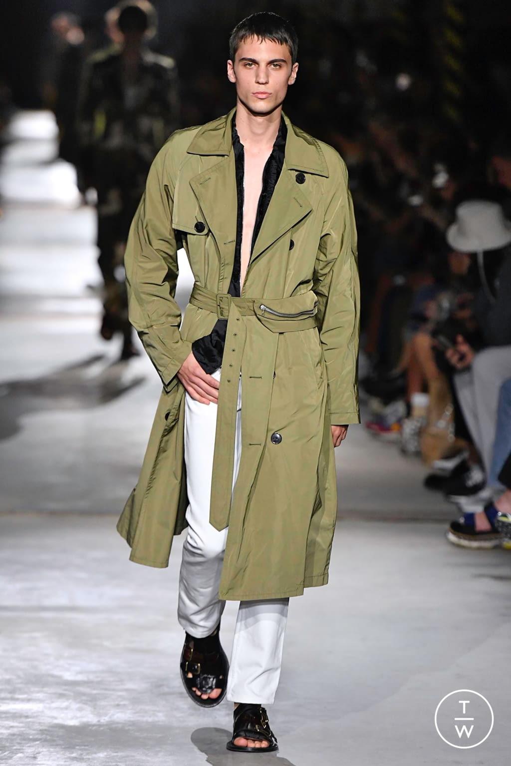 Fashion Week Paris Spring/Summer 2020 look 17 from the Dries Van Noten collection menswear