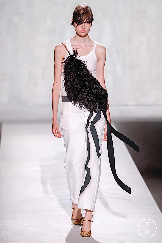 Fashion Week Paris Spring/Summer 2020 look 10 from the Dries Van Noten collection womenswear