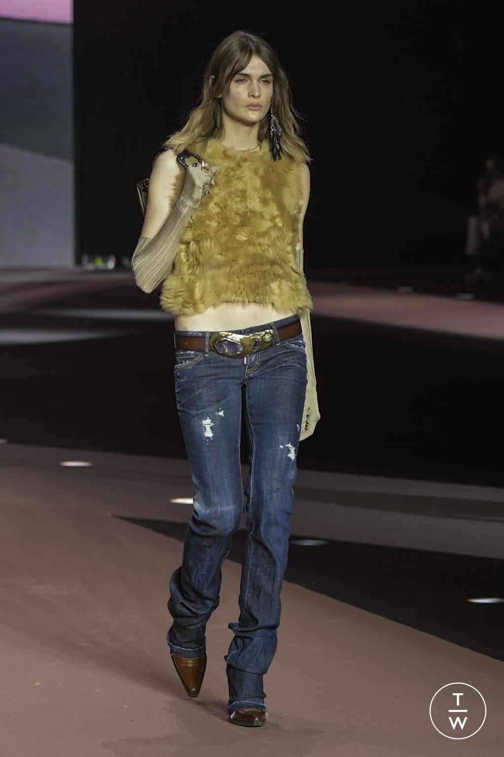 Fashion Week Milan Fall/Winter 2020 look 15 de la collection Dsquared2 menswear