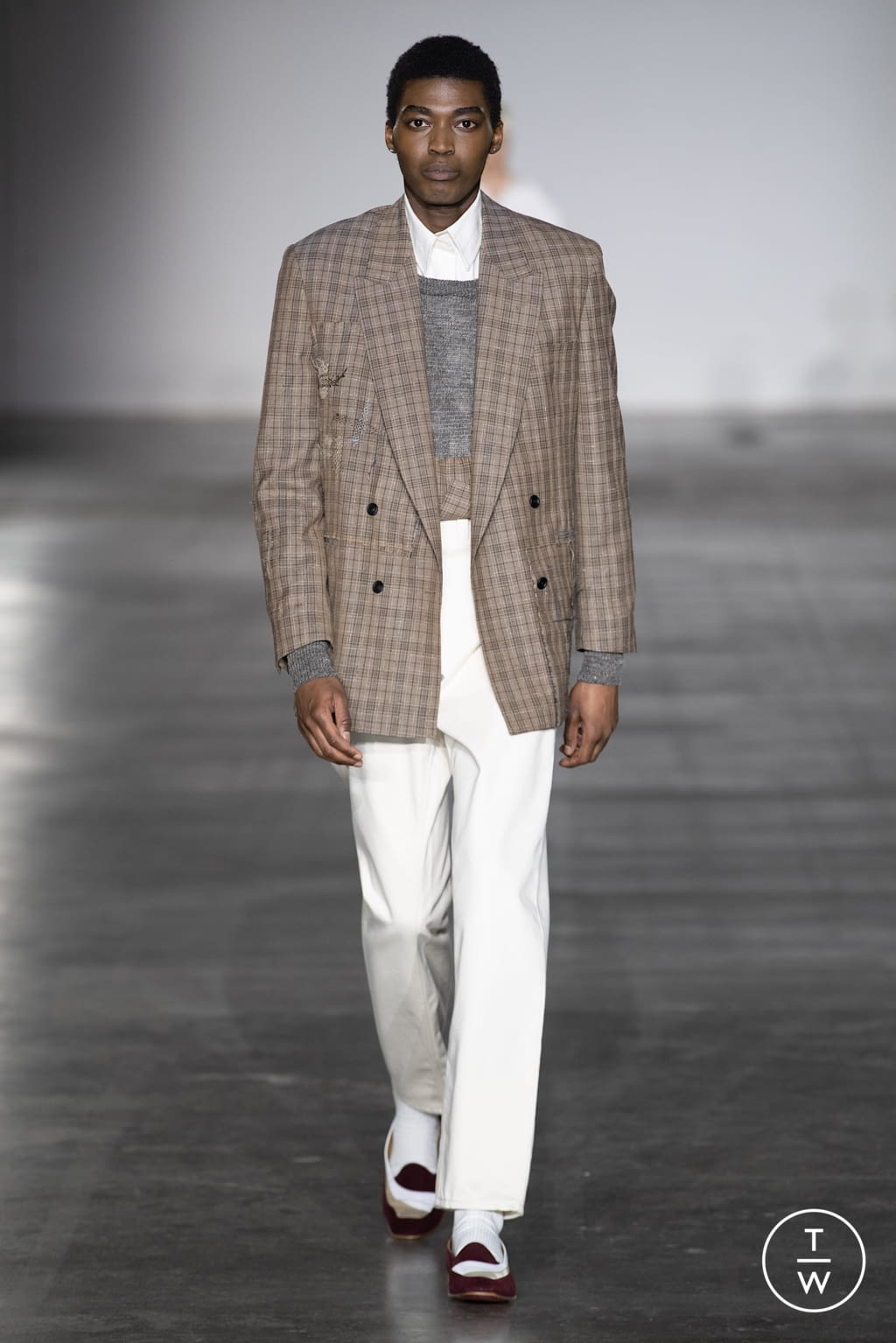 Fashion Week London Fall/Winter 2020 look 18 from the E. Tautz collection menswear