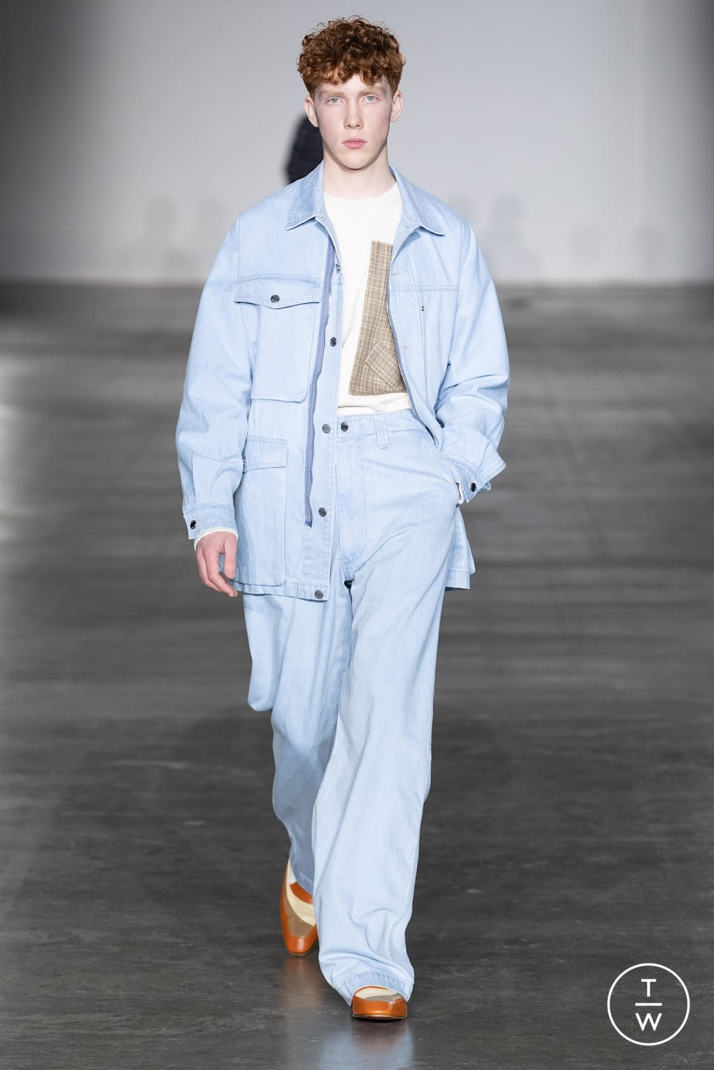 Fashion Week London Fall/Winter 2020 look 20 from the E. Tautz collection menswear