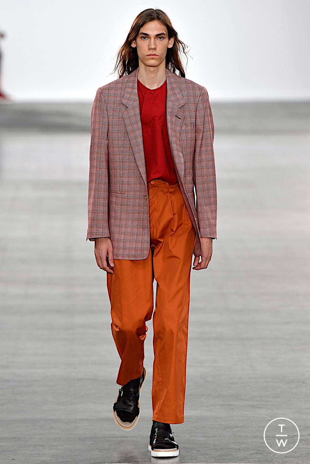 Fashion Week London Spring/Summer 2020 look 5 from the E. Tautz collection menswear