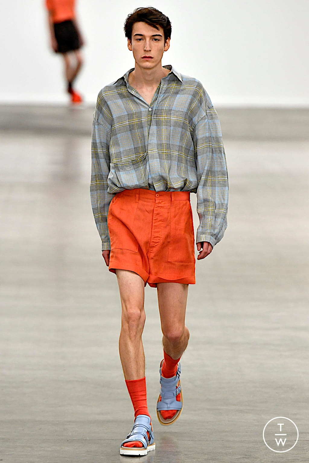 Fashion Week London Spring/Summer 2020 look 23 from the E. Tautz collection menswear