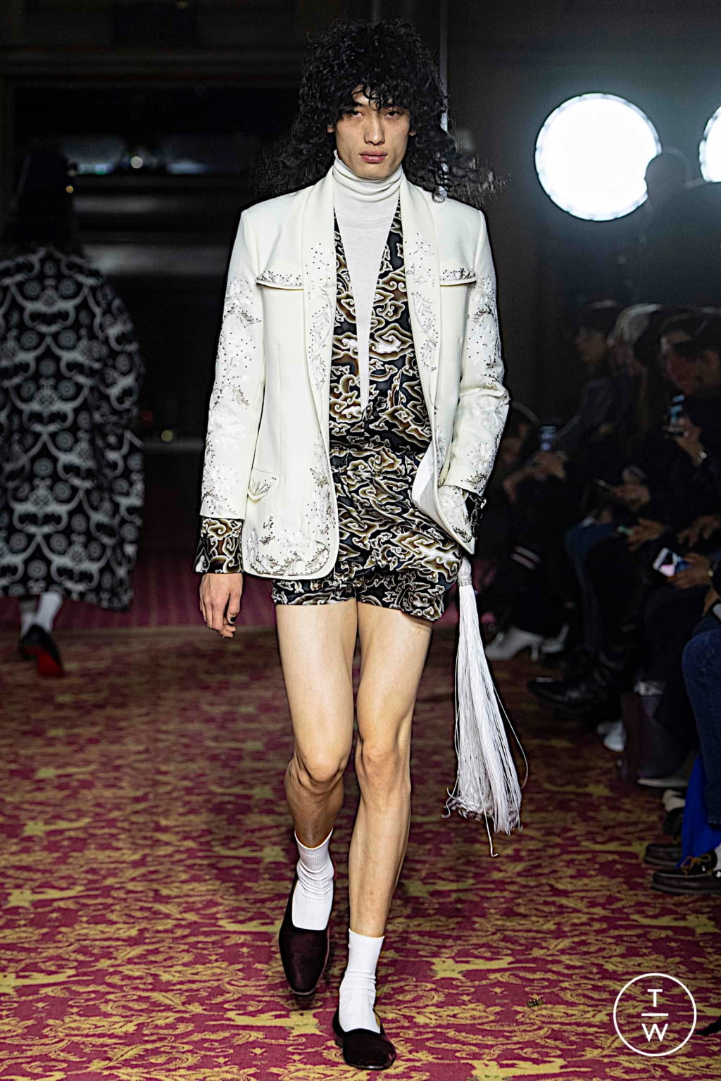 Fashion Week London Fall/Winter 2020 look 23 from the EDWARD CRUTCHLEY collection menswear