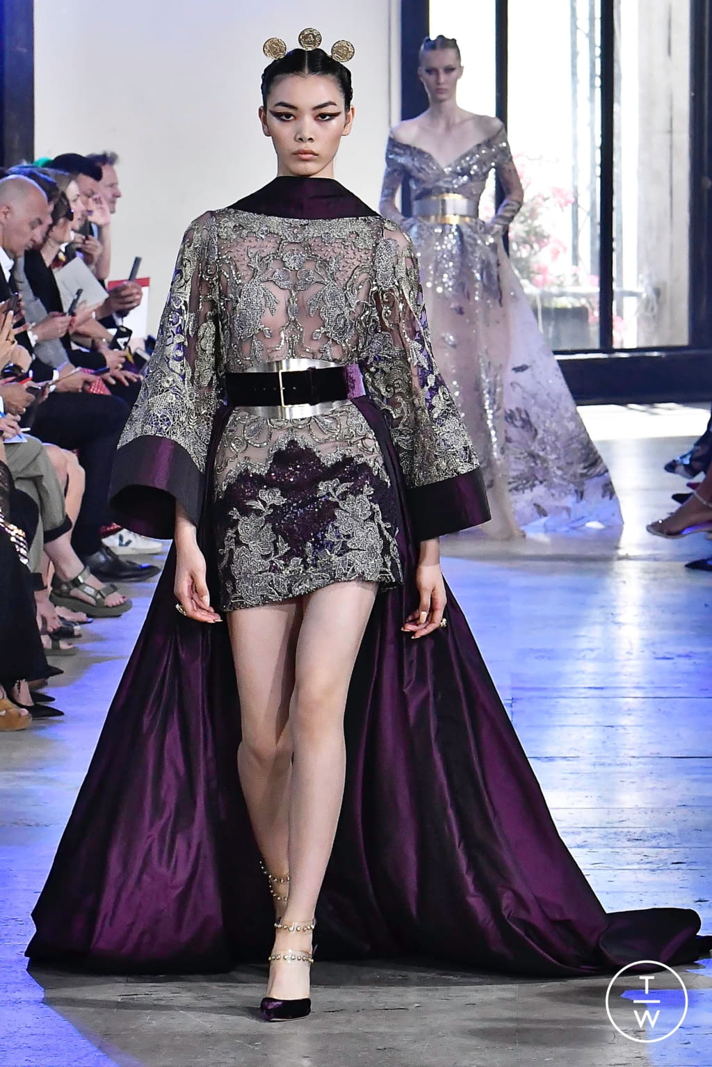 Fashion Week Paris Fall/Winter 2019 look 10 from the Elie Saab collection couture