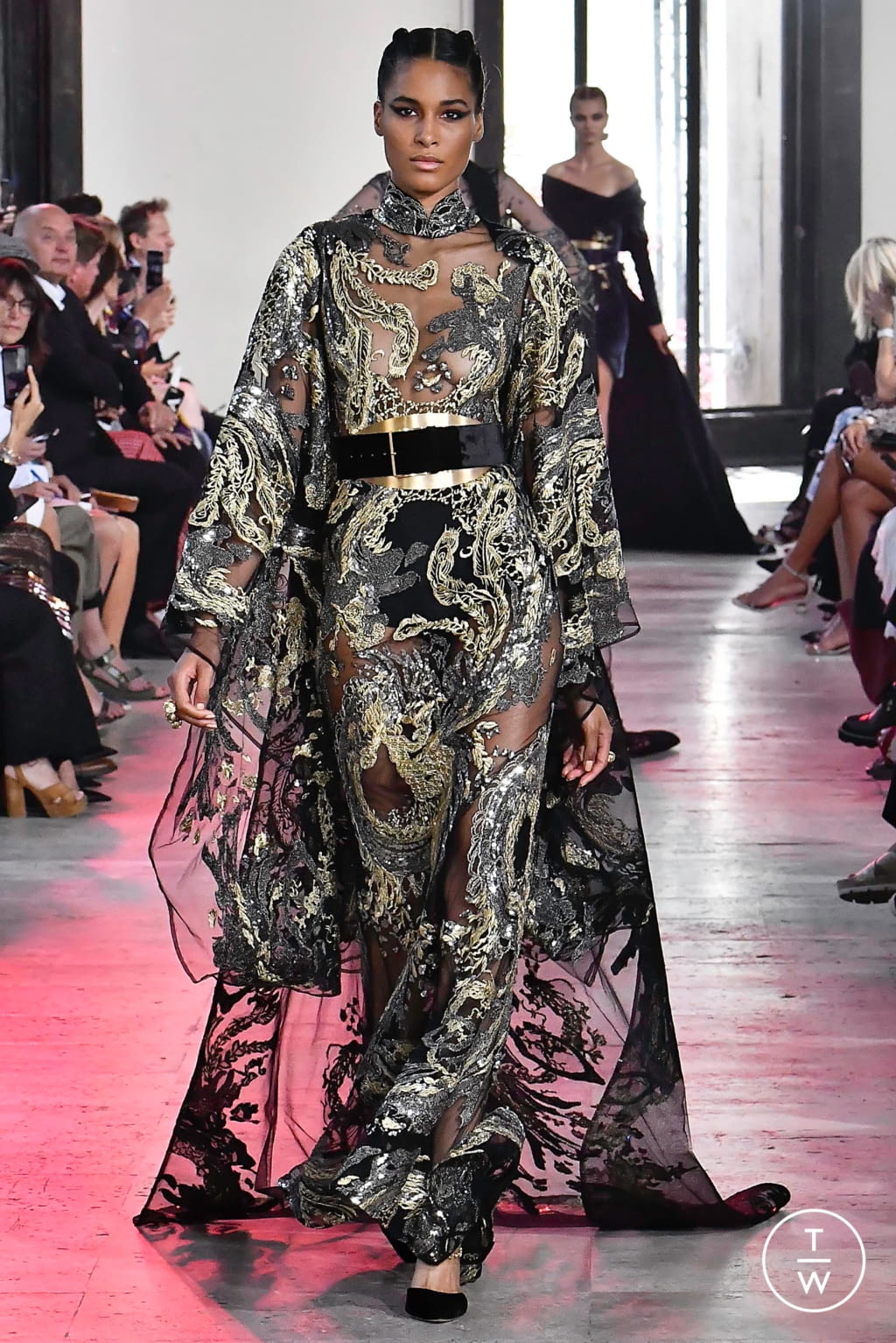 Fashion Week Paris Fall/Winter 2019 look 19 from the Elie Saab collection couture