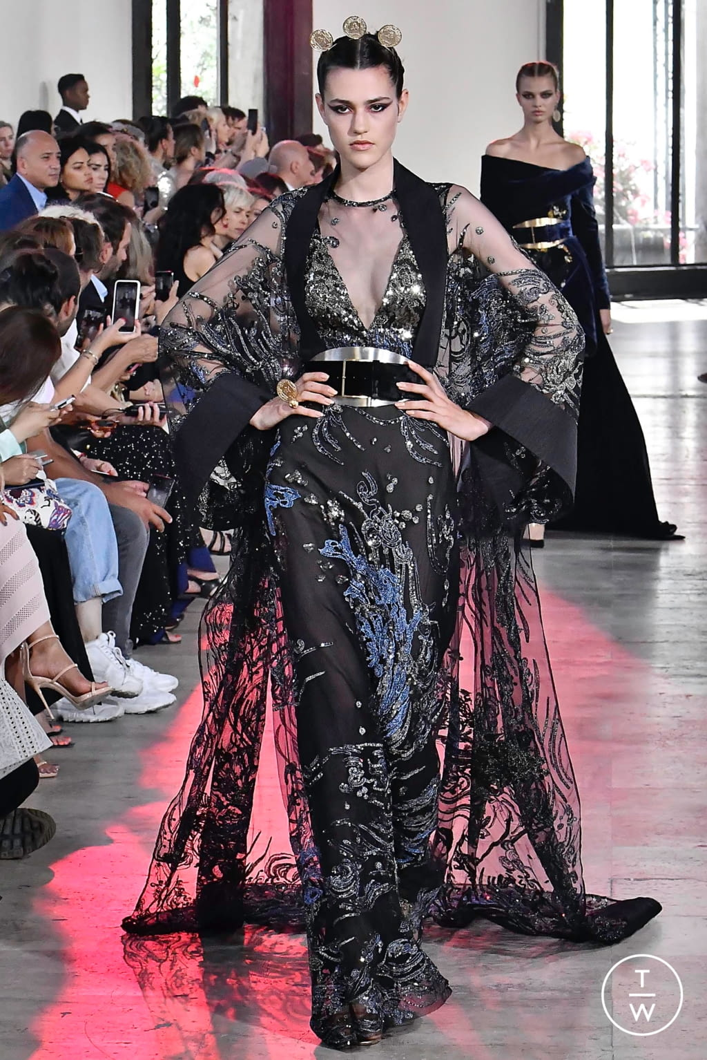 Fashion Week Paris Fall/Winter 2019 look 20 from the Elie Saab collection couture