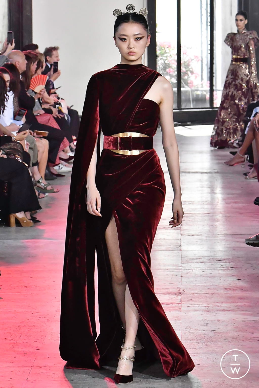 Fashion Week Paris Fall/Winter 2019 look 24 from the Elie Saab collection couture