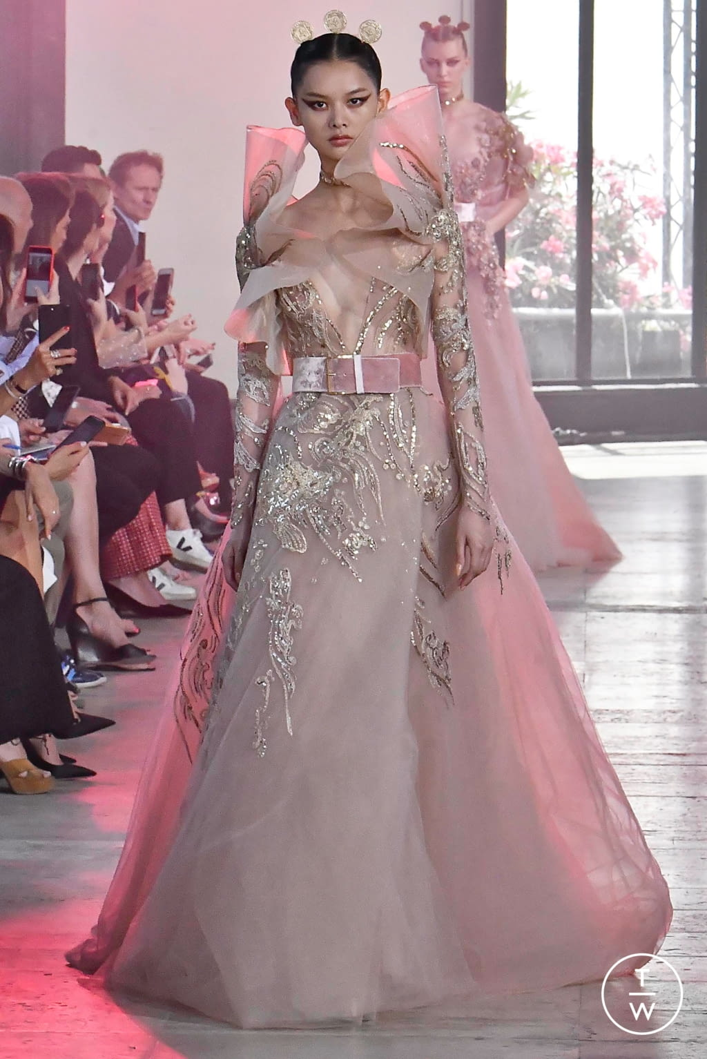 Fashion Week Paris Fall/Winter 2019 look 44 from the Elie Saab collection couture