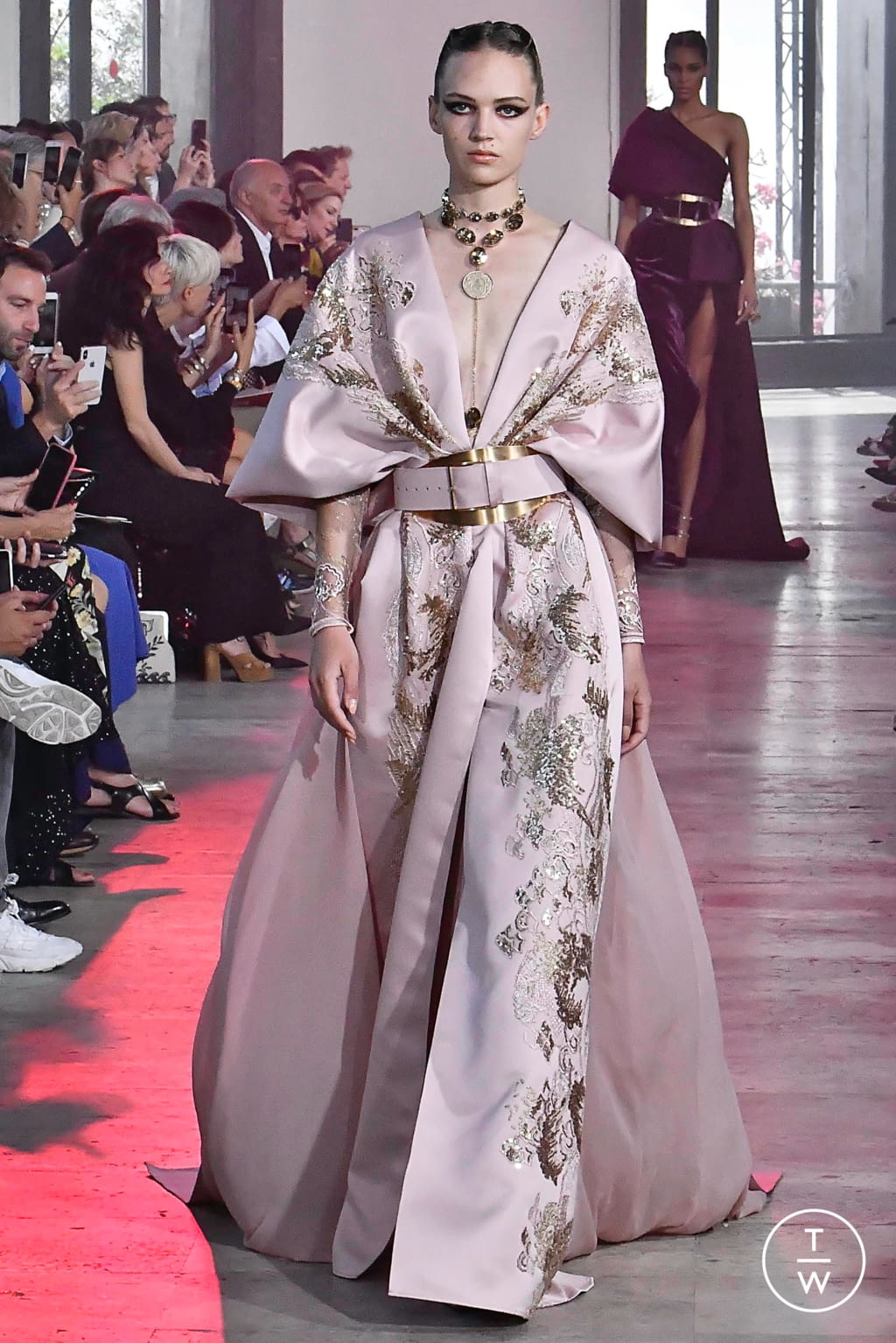 Fashion Week Paris Fall/Winter 2019 look 47 from the Elie Saab collection couture