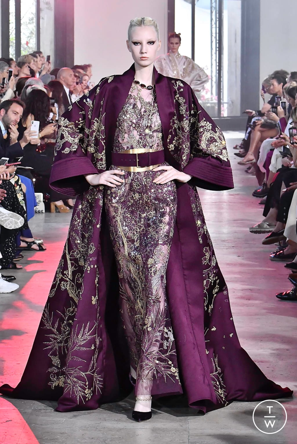 Fashion Week Paris Fall/Winter 2019 look 49 from the Elie Saab collection 高级定制