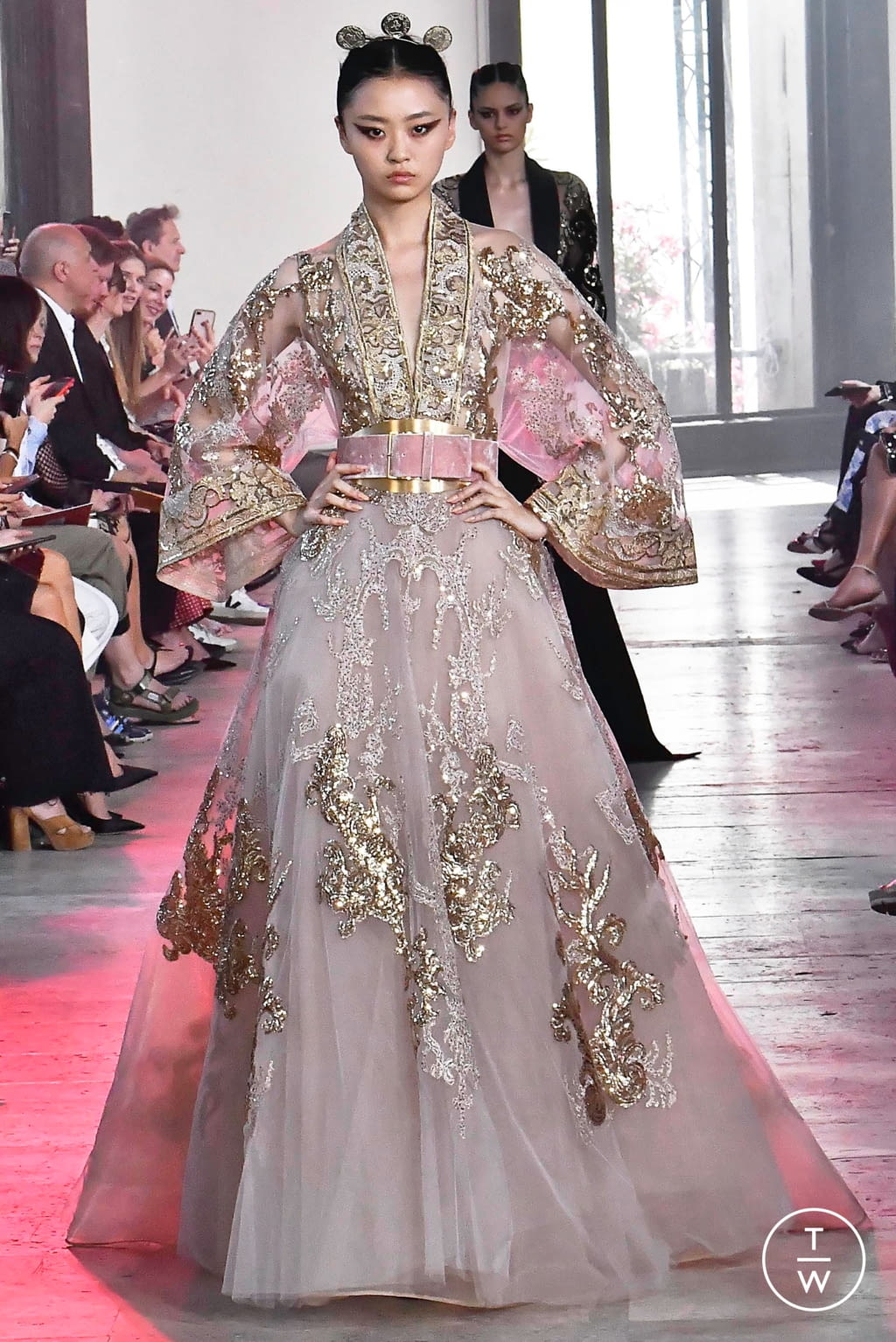 Fashion Week Paris Fall/Winter 2019 look 52 from the Elie Saab collection couture