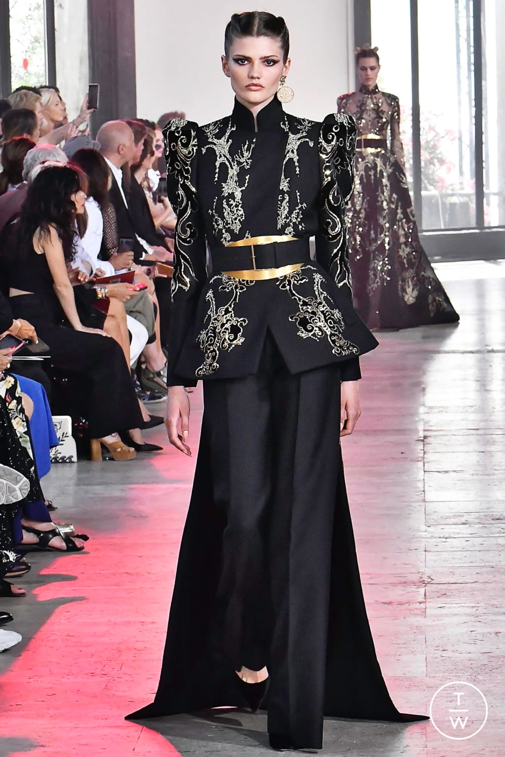 Fashion Week Paris Fall/Winter 2019 look 55 from the Elie Saab collection couture