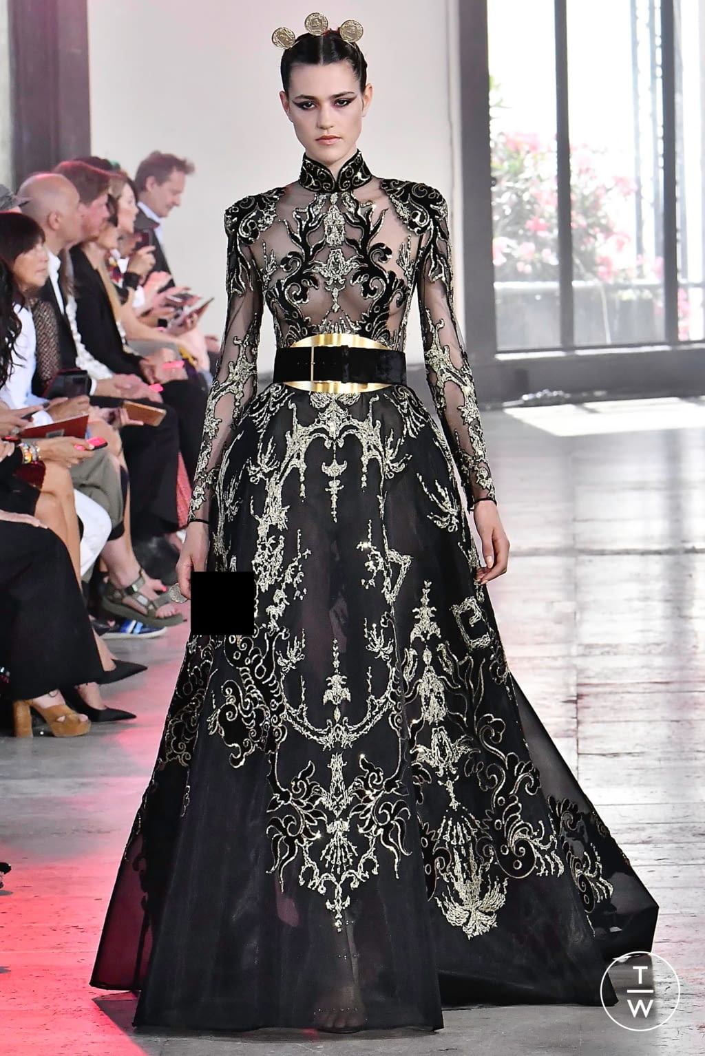 Fashion Week Paris Fall/Winter 2019 look 56 from the Elie Saab collection couture