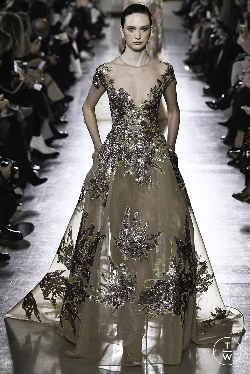 Fashion Week Paris Spring/Summer 2019 look 23 from the Elie Saab collection 高级定制