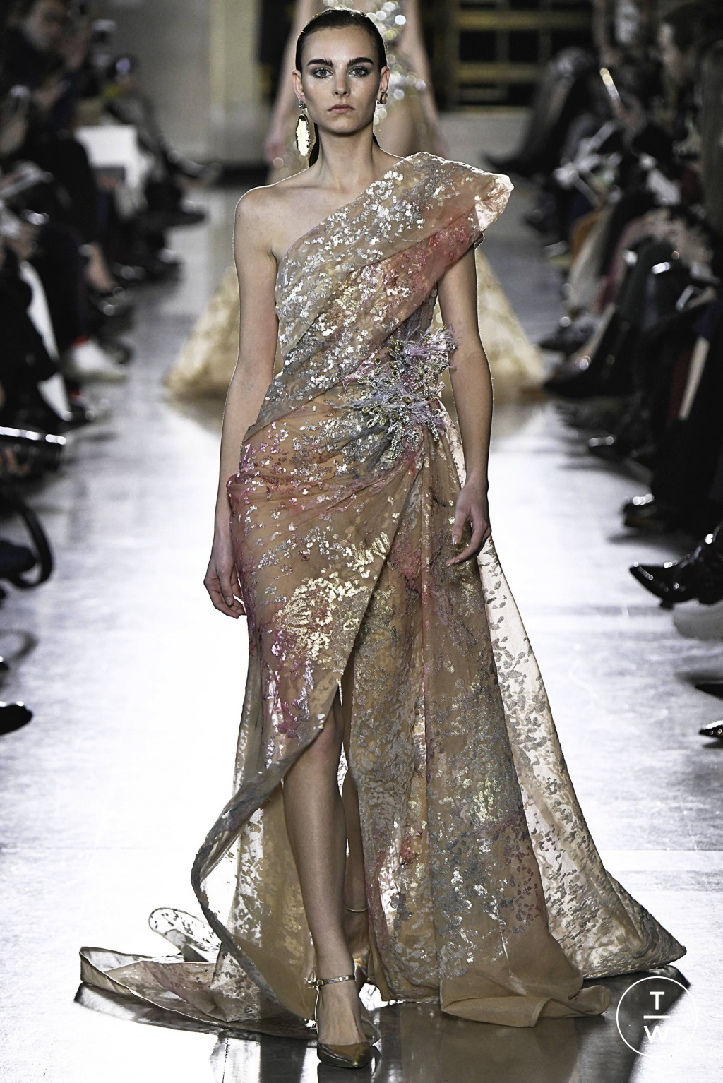 Fashion Week Paris Spring/Summer 2019 look 31 from the Elie Saab collection 高级定制