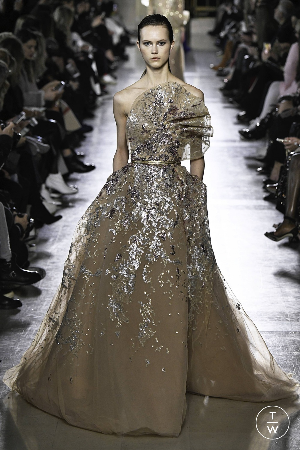 Fashion Week Paris Spring/Summer 2019 look 45 from the Elie Saab collection 高级定制
