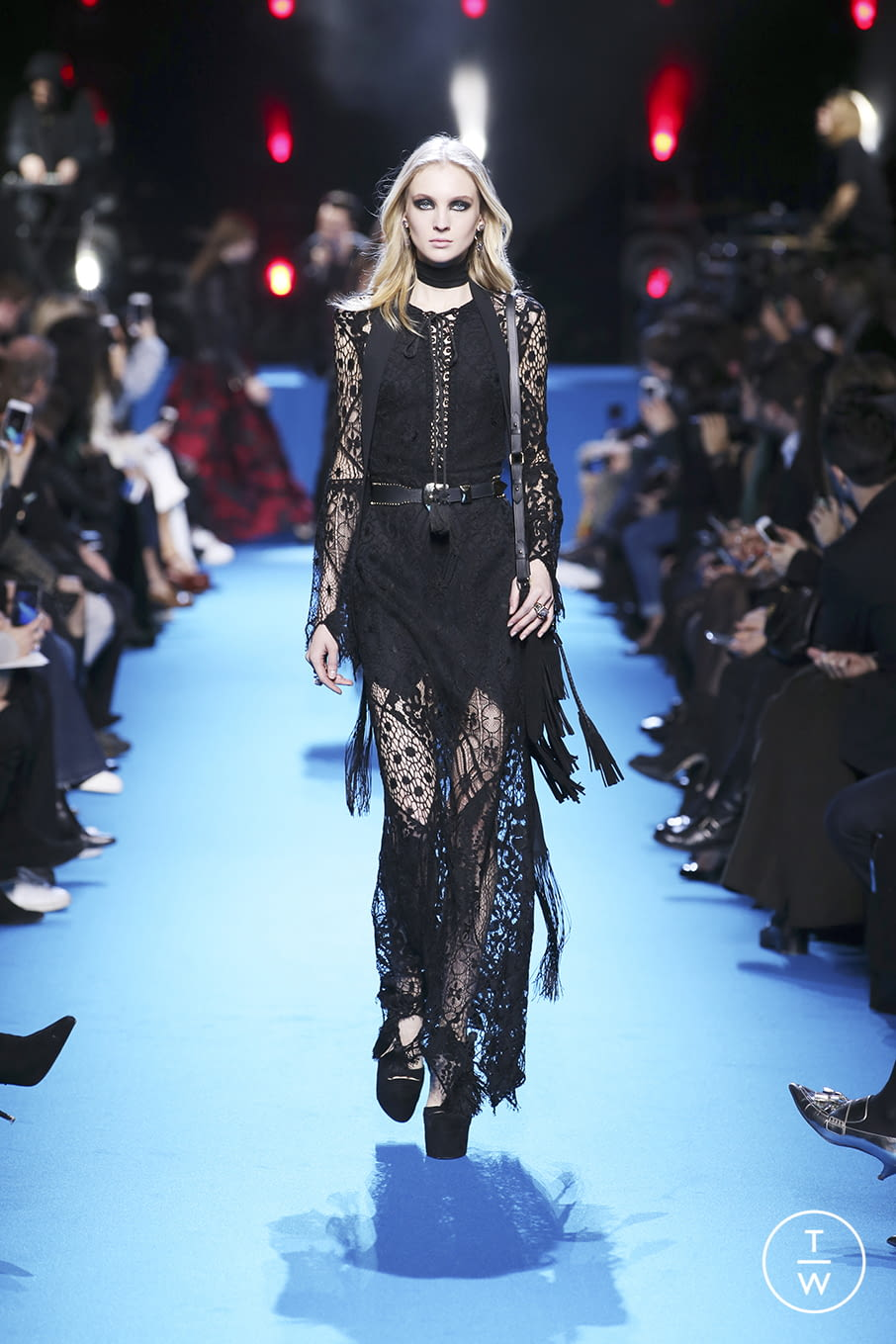 Fashion Week Paris Fall/Winter 2016 look 38 from the Elie Saab collection 女装