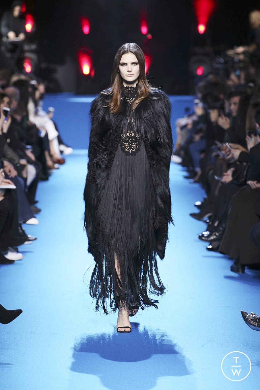 Fashion Week Paris Fall/Winter 2016 look 39 from the Elie Saab collection 女装