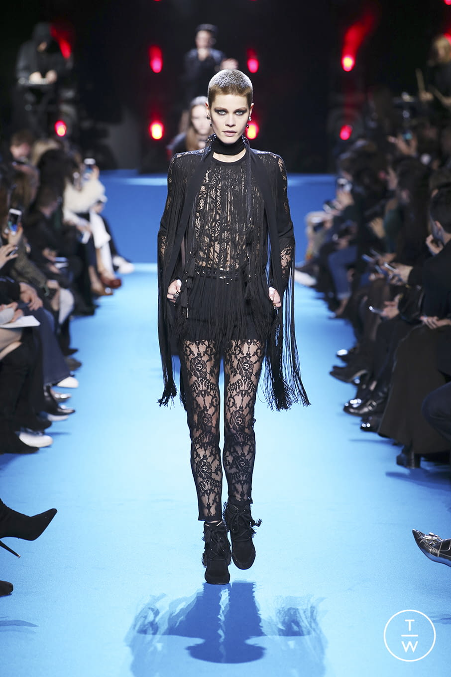 Fashion Week Paris Fall/Winter 2016 look 41 from the Elie Saab collection 女装