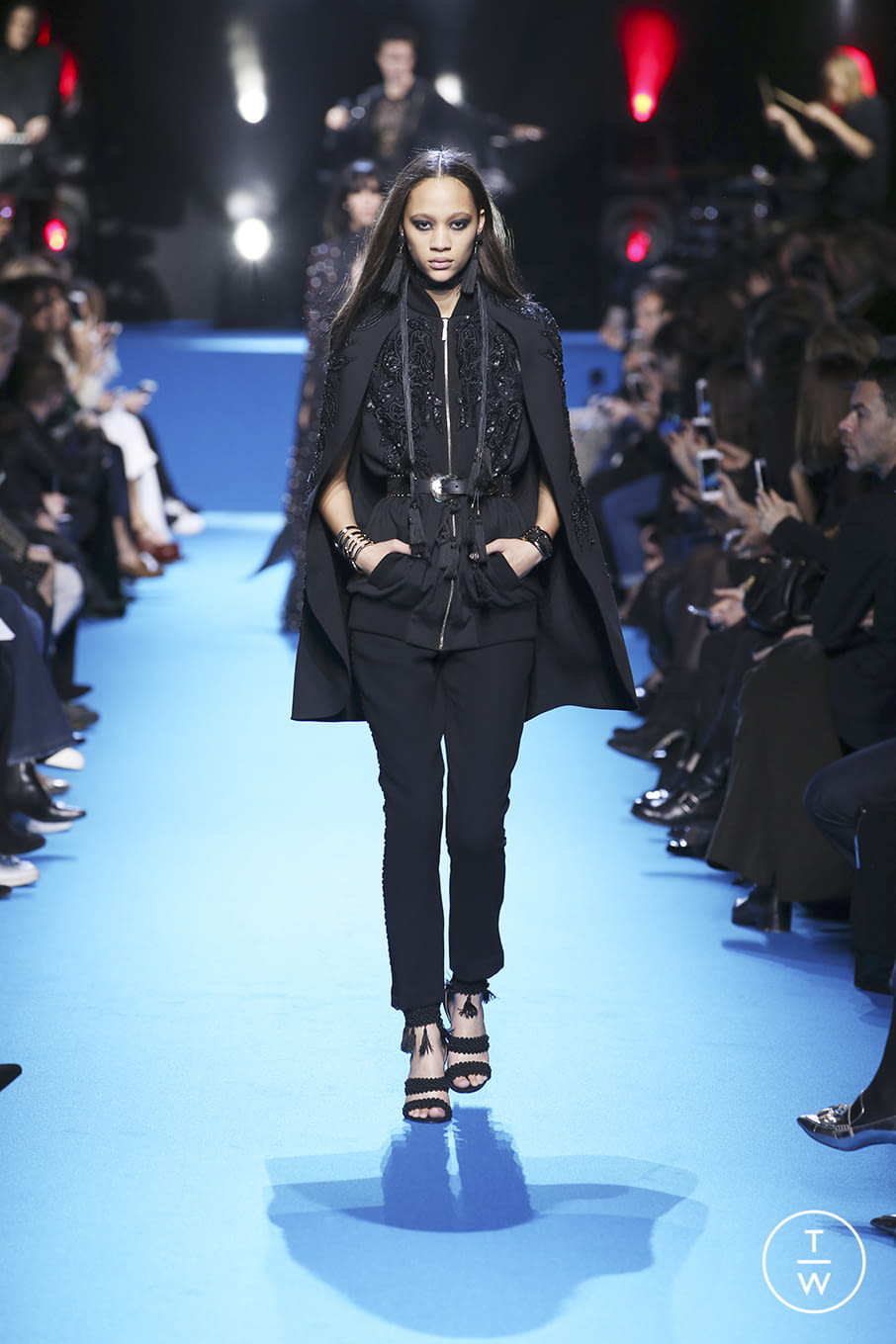 Fashion Week Paris Fall/Winter 2016 look 46 from the Elie Saab collection 女装