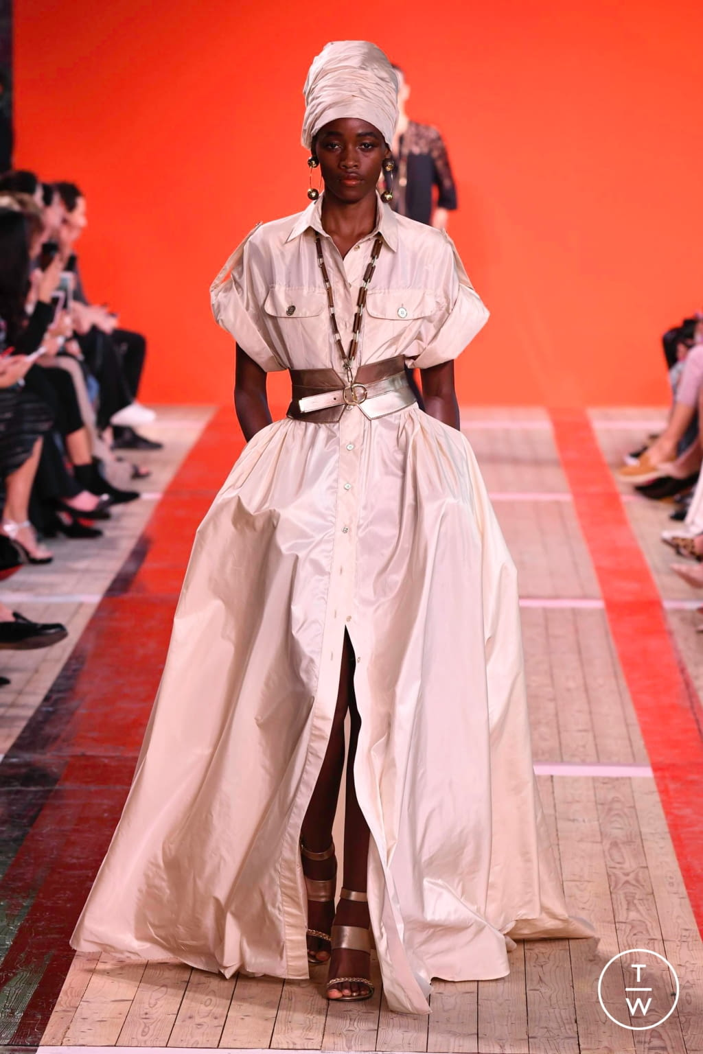 Fashion Week Paris Spring/Summer 2020 look 5 from the Elie Saab collection 女装