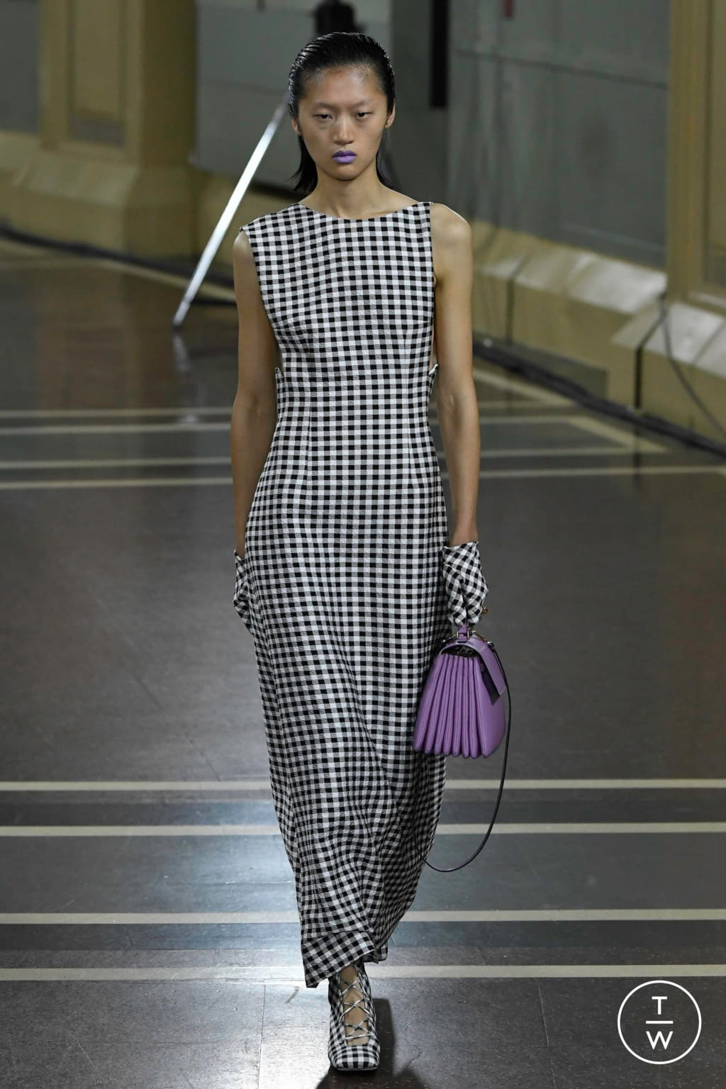 Fashion Week London Spring/Summer 2020 look 21 from the Emilia Wickstead collection womenswear