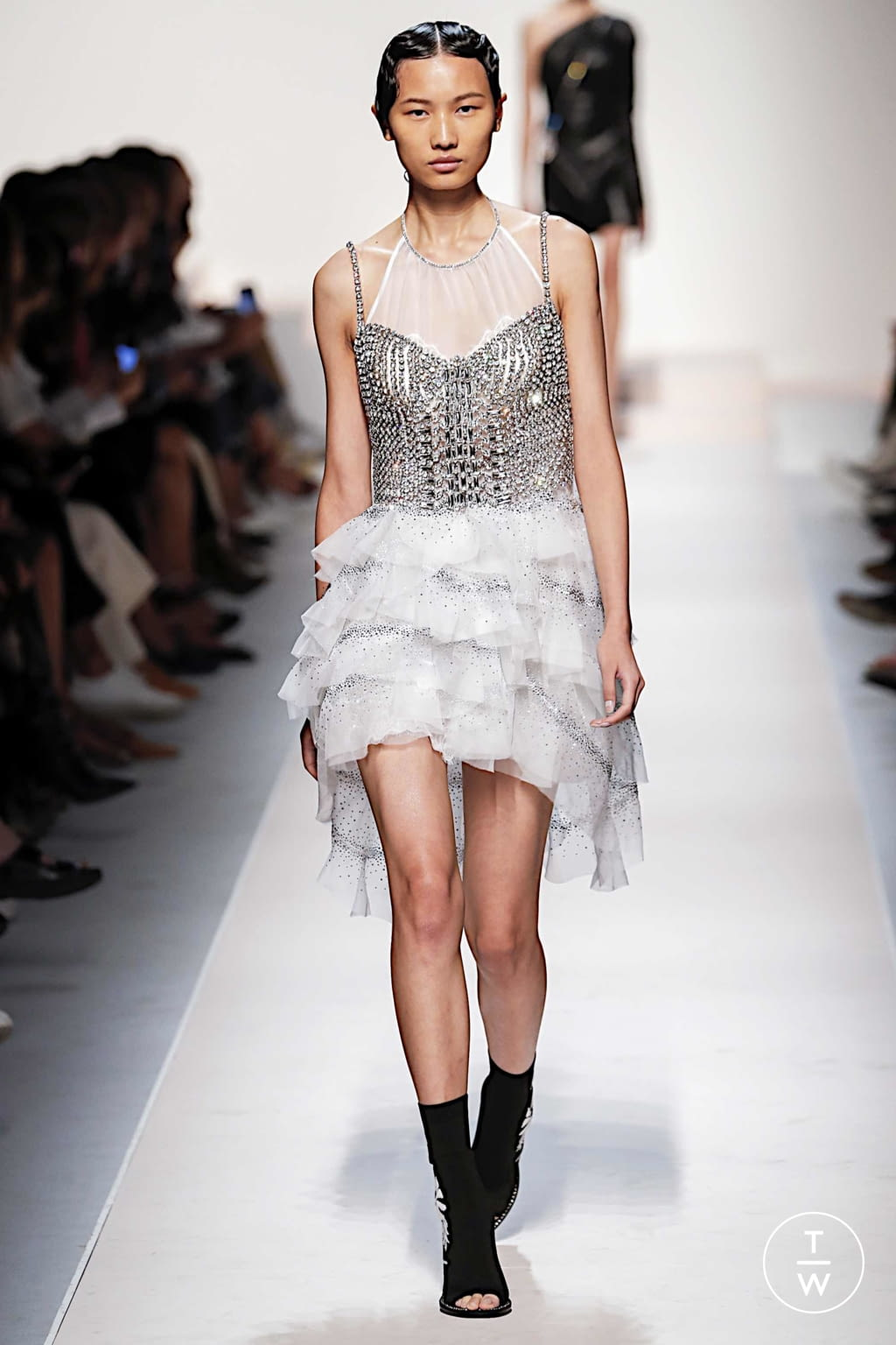 Fashion Week Milan Spring/Summer 2020 look 13 from the Ermanno Scervino collection womenswear