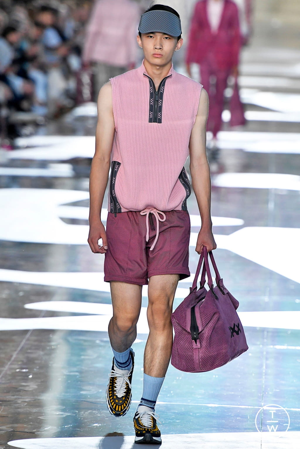 Fashion Week Milan Spring/Summer 2019 look 44 from the Ermenegildo Zegna collection menswear