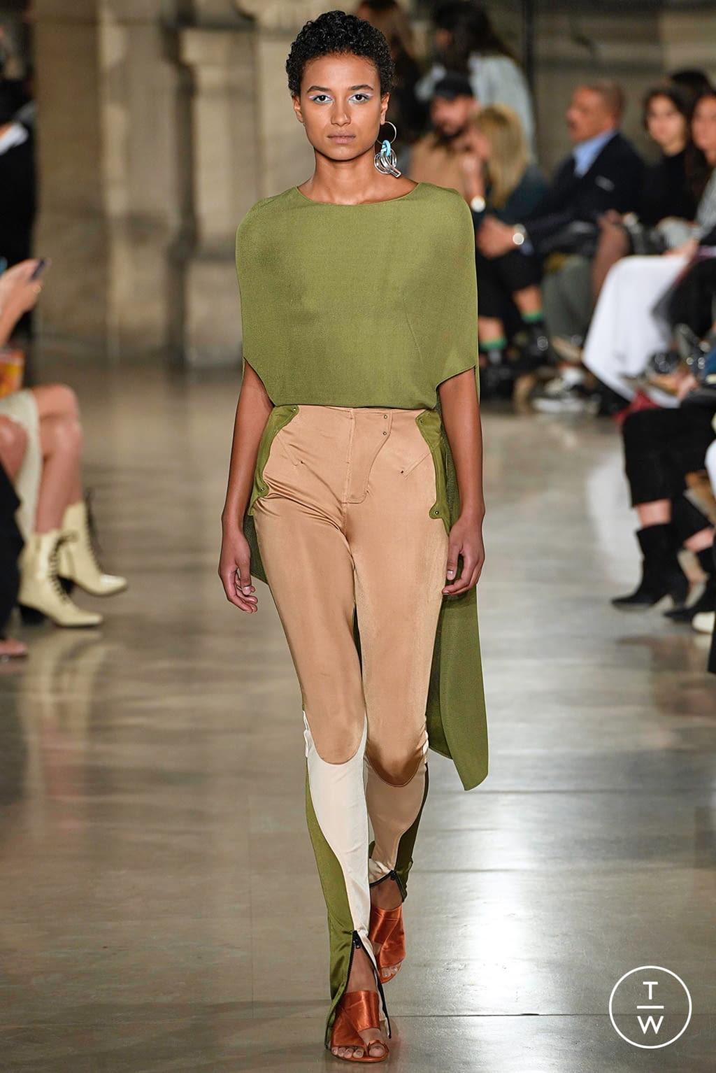 Fashion Week Paris Spring/Summer 2019 look 18 from the Esteban Cortazar collection womenswear