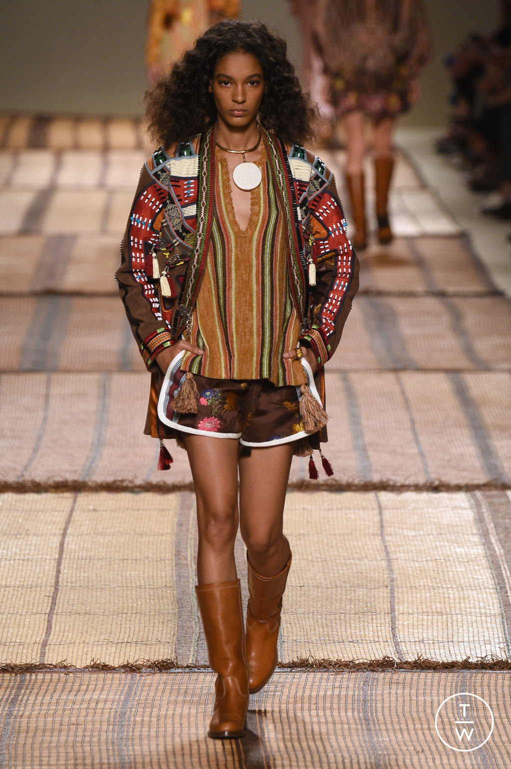 Fashion Week Milan Spring/Summer 2017 look 20 from the Etro collection womenswear
